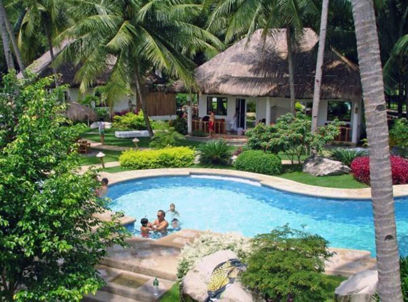 Pura Vida Beach Resort Pool